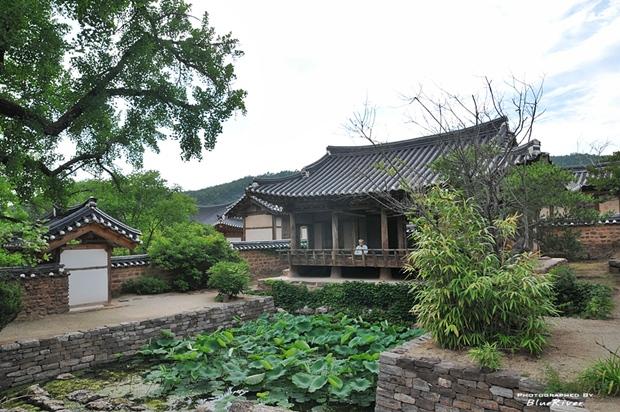 상서로운 돌을 쌓아올린 한국의 3대 정원 영양 서석지(瑞石池)